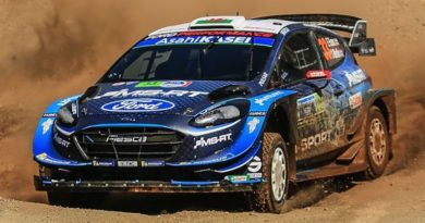 Aero modification on the front of the Ford Fiesta WRC in Mexico